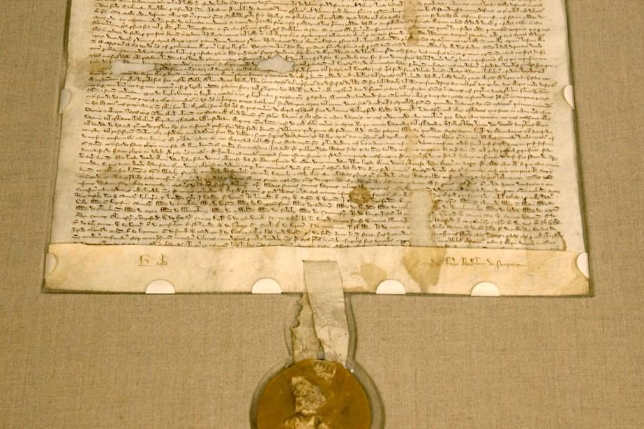 1140005 magna carta ecrite papier velin